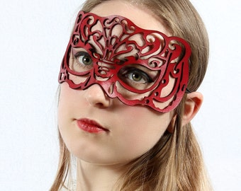 Victoriana Masquerade mask in red leather