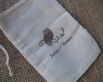 Favor Bags - SET OF 10 Personalized Owl Muslin Favor Bags Gift Bags or Candy Bags 4x6 - Item 4M1228