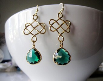 Emerald Green Earrings, Celtic Knot Earrings Long Earrings, Bridesmaid Jewelry, St. Patricks Day, Gardendiva