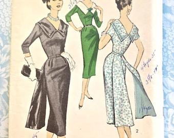 Vintage 1950's Women's Sheath Dress Pattern - Advance 8202