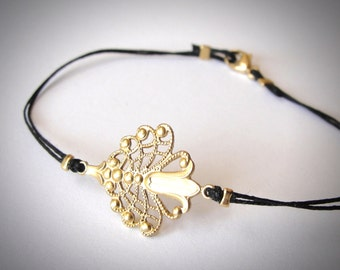 Gold Floral Deco bracelet