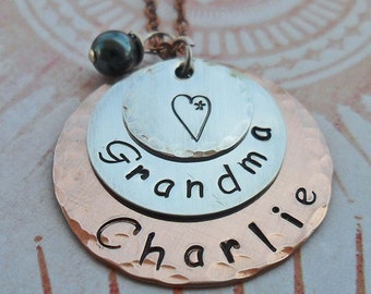 Grandma Necklace Personalized with Pearls- Name Necklace - Love Grandma Custom Names Birthstone - Nonna Nana Mimi Grammy Gift - S114