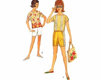 Vintage 60s Sewing Pattern Blouse Bermuda Shorts Summer Separates bust 33 Simplicity 4796