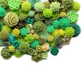 25pc green tones flower cabochon mix / high quality mixed resin flower cabochon grab bag / make diy jewelry