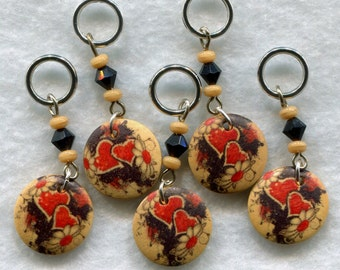 Heart Knitting Stitch Markers Wood Medallions Set of 5 /SM74