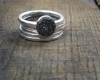 Sterling Stacking Rings - Set of 4 hammered and 1 wide hammered with round shiny Grey/Black Druzy - MADE TO ORDER