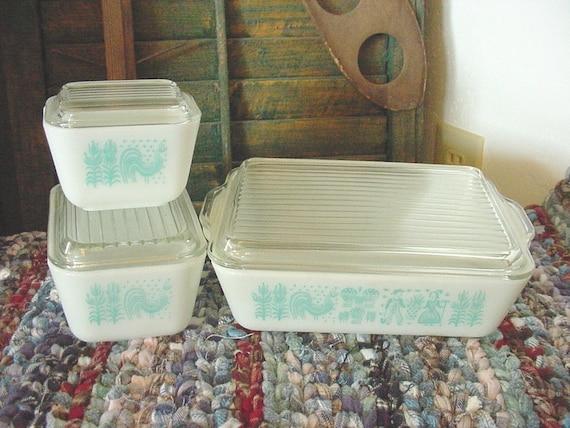 Vintage Pyrex Refrigerator Dish Set Blue Rooster Butterprint Oven Freezer