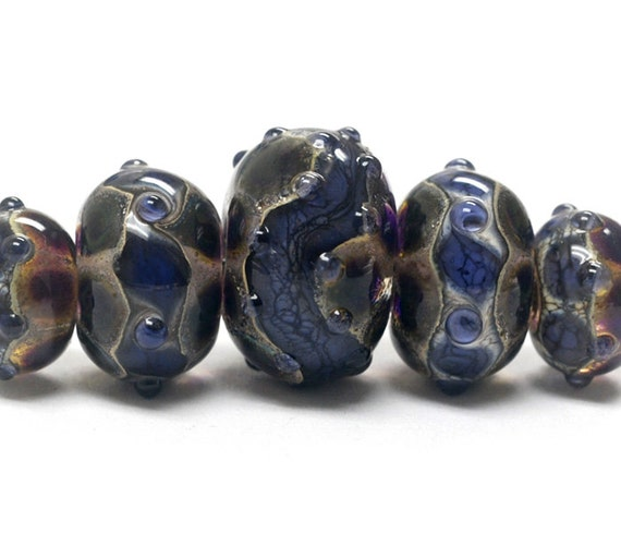 Five Graduated Black w/Ink Blue Silver Foil Rondelle Beads. - Handmade Glass Lampwork Beads - 10407311