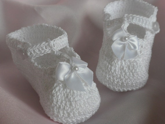 Free Crochet Pattern T Strap Booties : Crochet booties t-strap booties crochet Baby by ...