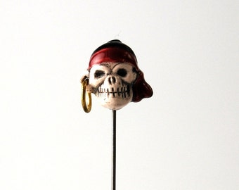 Skull Pirate Brooch Lapel Pin Ceramic with silver plate clutch