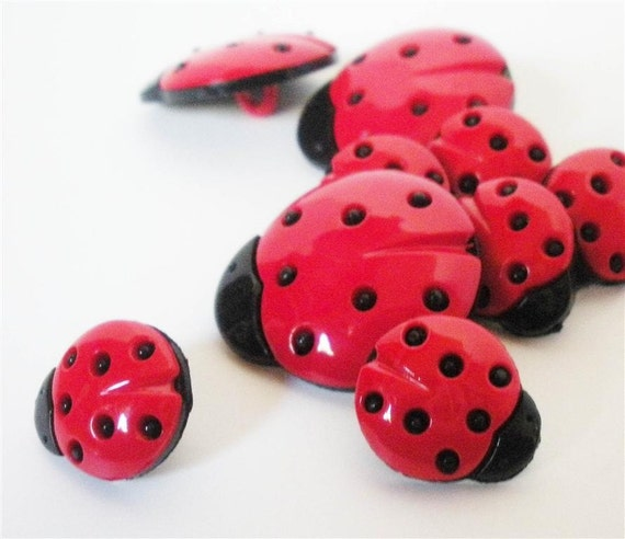 Lady Bug Buttons (in TWO SIZES) by Buttons Galore