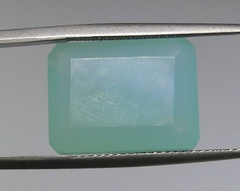 Chalcedony faceted rectangle gem, 16x12mm, 9.45 carats                                     013-03-001