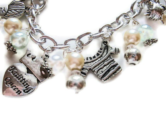 Knitting Queen Charm Bracelet Beaded Knit One Pearl Two