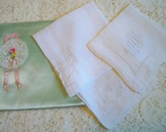 Vintage Handkerchief Holder Art Deco Art Nouveau Hankies