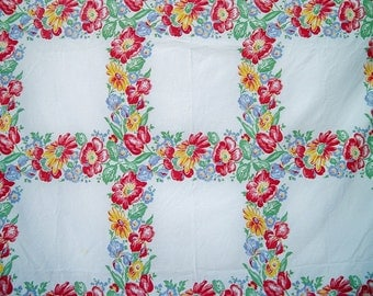 Vintage 1950s Pennicraft Daisy Iris Tulip Rose Tablecloth