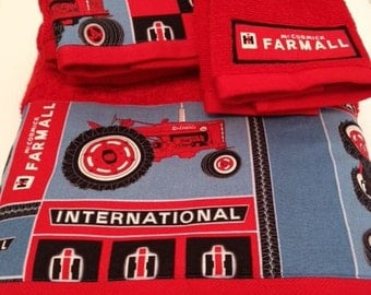 International Harvester / Farmall Themed Towel Set