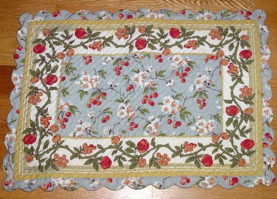 Items Similar To Sale 8 Reversible Quilted Placemats