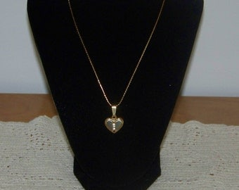 New 14K Gold Filled Contemporary Heart Necklace Discounted 50%