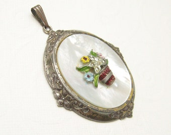Vintage Jewelry Victorian Vintage Pendant C5374