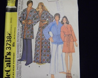 Uncut McCall's Pattern 3738 Size Small Men's and Women's Robe