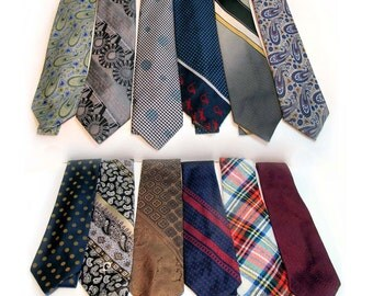 Lot  of 12 One Dozen 1970s Vintage Patterned Wide Ties