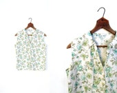 Vintage 1950s Blouse / Mint Green Floral Print / 50s Blouse / Small S