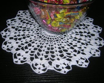 Crochet Holiday Doily Pattern, Candy Dish Christmas Holiday, Easter, Valentine's Day, Halloween