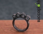 KNIT or DIE! -Power Ring- (EUR/mm), Plastic light weight ring with mm scale needle gauge and individual sizing
