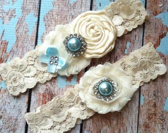 Garter/ ivory wedding garter / bridal  garter/  lace garter / toss garter / Something BLue wedding garter / vintage inspired lace garter