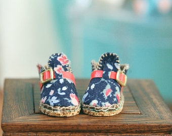 jiajiadoll- Handmade- blue flower shoes fits momoko- blythe -Misaki- Unoa light- Lati yellow