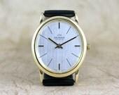 18K Yellow Gold Vintage Donax Wrist Watch - Swiss Made - circa 1970s - Dress Watch - Black Leather Strap - Mechanical Wind Watch