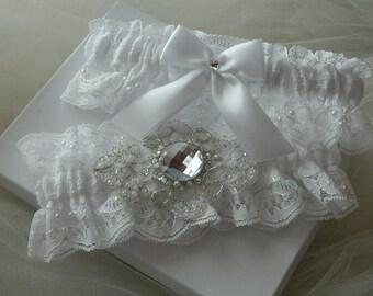 Wedding garter set, Bridal garter,Heirloom Garter , White Lace Wedding Garter