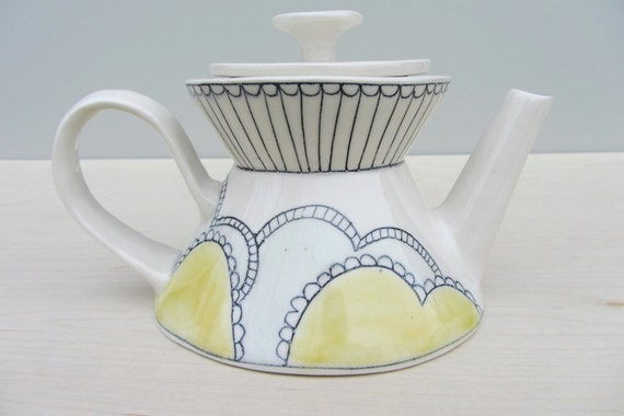 Porcelain Doile Patterned Teapot with Blue and Yellow