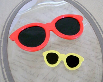 Cutest Ever Retro Look Vintage Red and Yellow Plastic Sunglasses Brooches/Pins, Made in Taiwan