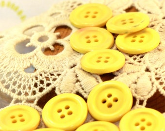 Bright Sunny Butter Yellow - Shabby Chic - Four Hole Vintage Buttons (11) 20 mm