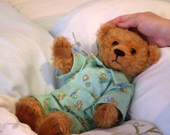 """Pattern of  artist teddy bear Mirosha 12 """" in PDF format, OOAK,  beige, amber,  green,  mohair,  jointed"""