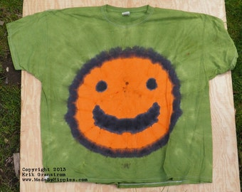 Orange Smiley Face on Green Tie Dye T-Shirt (Fruit of the Loom Size 4XL) (One of a Kind)