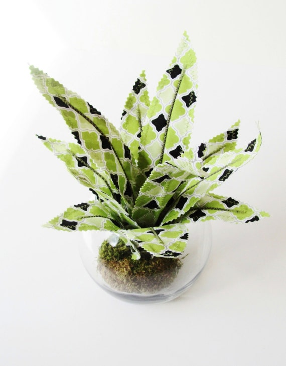 Fabric Leaf Air Plant Succulent Glass Terrarium - Lime Green Black Lattice Aloe