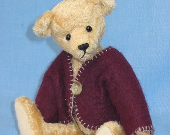 """Henry - a 7""""/17.5cm traditional style bear PDF"""