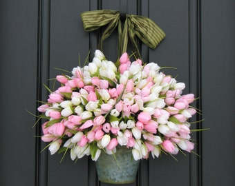 Farmhouse Tulips, Door Wreaths, Spring Tulips, Mother's Day Wreath, Easter Wreaths, Easter Tulips, Trending Decor, Shabby Chic Decor