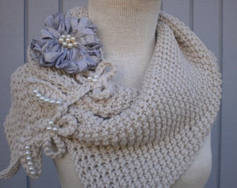 Cunky scarf, Scarf, Kinthinig scarf  off white scarf, neckwarmer, cowl scarf , unique desing neckwarmer READY TO SHIP