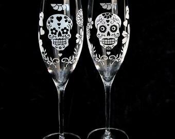 Two 2 Day of the Dead Wedding Toasting Flutes, Sugar Skull Wedding Decor