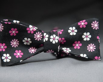 Pink and White Flower Buttons on Black  Bow Tie