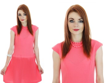 Mod Knit Dress 60s Coral Pleated Mini Designer Burt Stanley CA 1960s Retro Indie Day Dress Small S Medium M