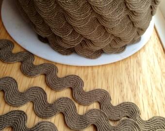 Dark Taupe Brown Ric Rac ribbon trim - 11/16 inch wide (17 mm) - 5 yards