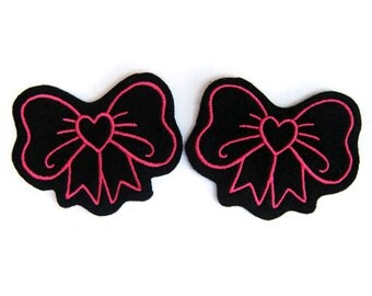 Bow patch with heart Pair of Hot Pink and sew on patch