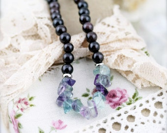 Energizing and success necklace (unisex) - garnet and fluorite