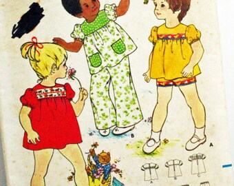 Vintage 1970s, Sewing Pattern, Butterick 3218, Toddlers' Size 1, Dress, Top, Pants and Shorts