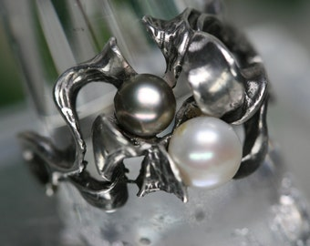 Sterling and Pearl Ring - Vintage Free Form Cast Ring