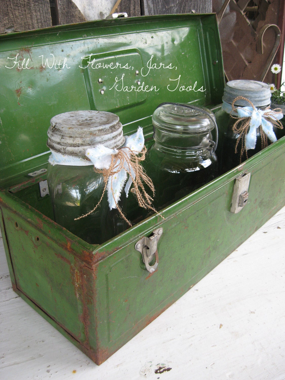 Vintage Green Metal Tool Fishing Box Hardware Garden Tote